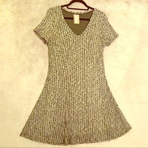 Anthro ribbed knit shirt dress in Navy - Large